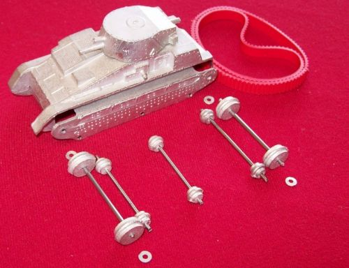 Dinky Toys  22F Tank with red tracks in kit form